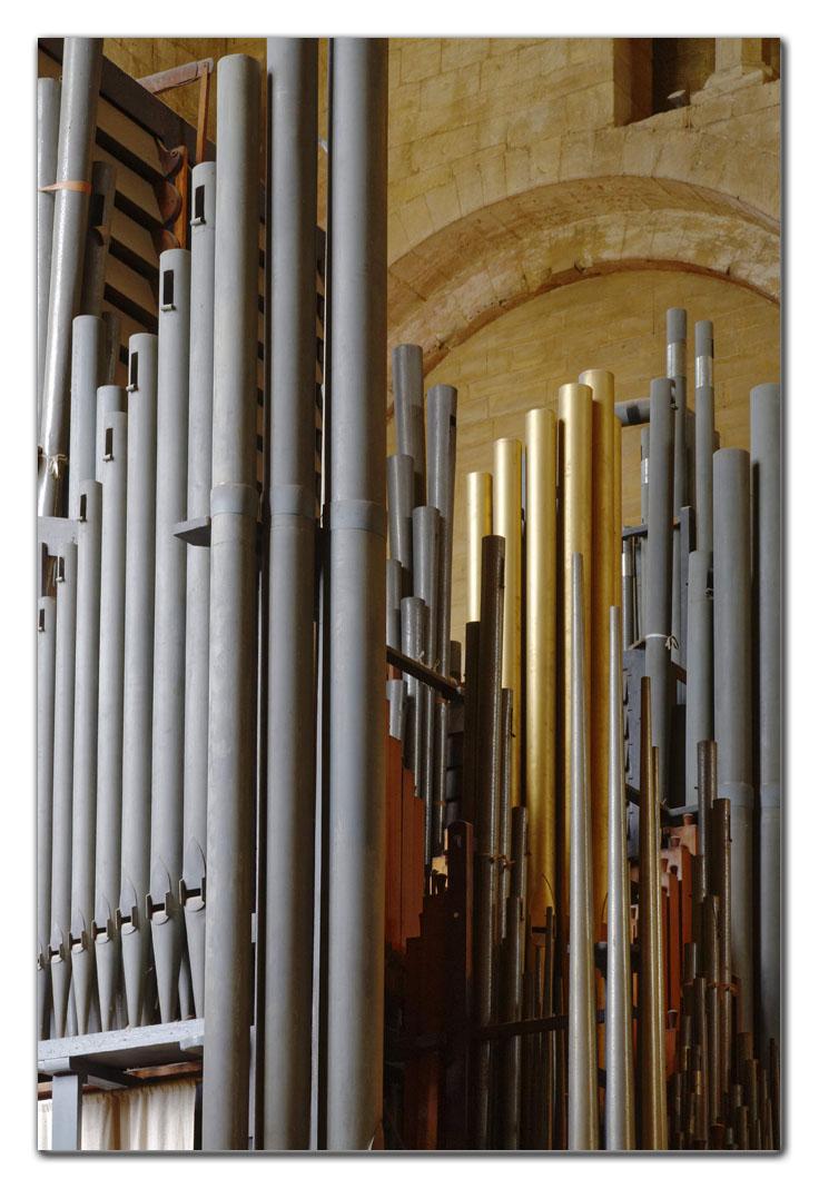 2006-04-08_0026w, Tweksbury & Cathedral_DXO