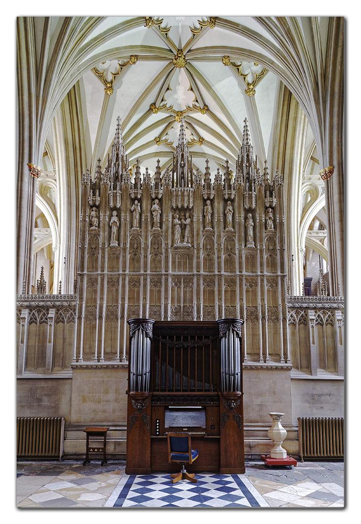 2006-05-20_0007w, Bristol Cathedral_DXO