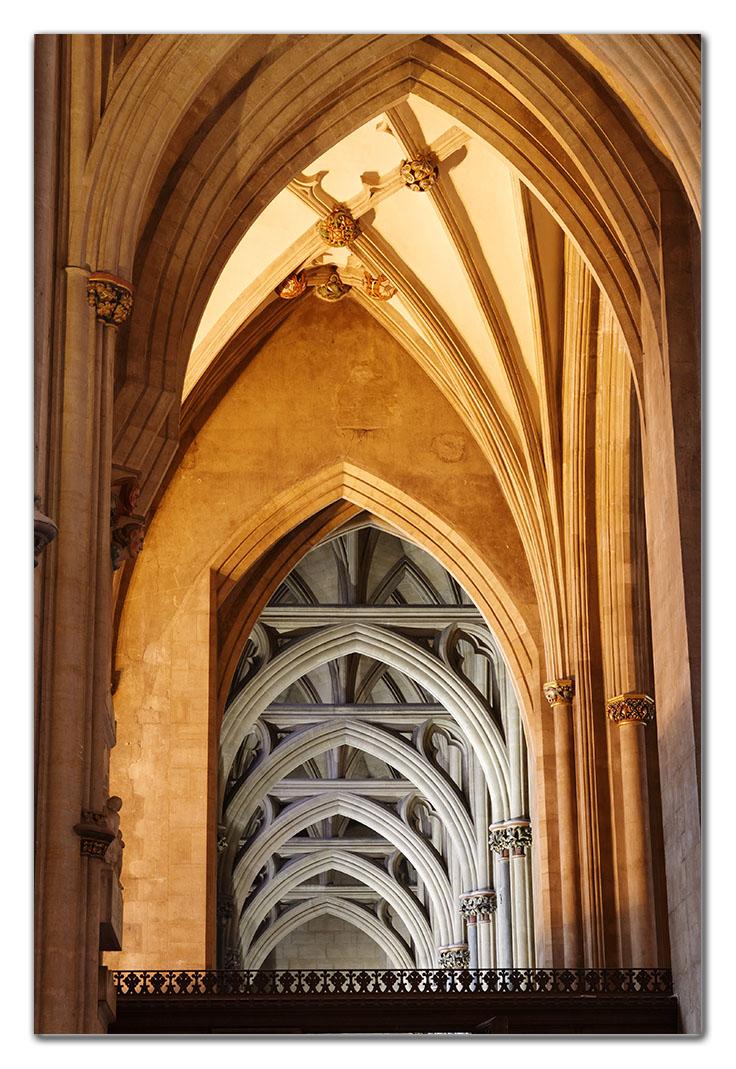2006-05-20_0018w, Bristol Cathedral_DXO