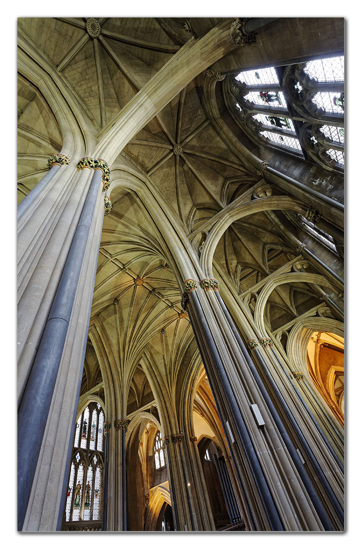 2006-05-20_0055w, Bristol Cathedral_DXO
